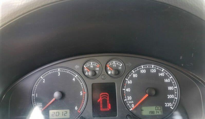 Volkswagen Multivan 2004 lleno